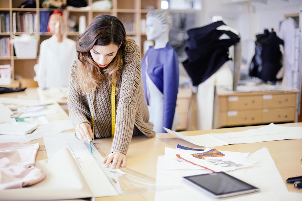 Fashion Designer Et Styliste